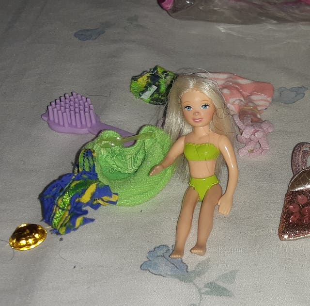 Mini Bratz y Mini Barbie con accesorios
