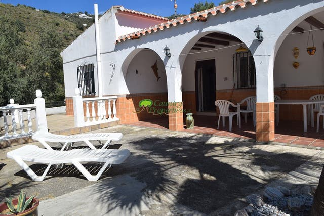 casa del campo con piscina (Torrox, Málaga)