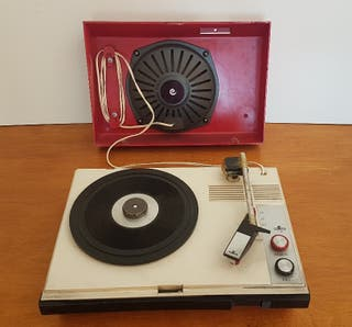 Tocadiscos Cosmo 650