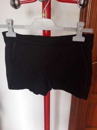 Bershka shorts ajustados