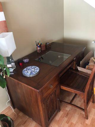 Conjunto silla y mesa escritorio estilo colonial
