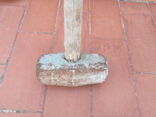 Maza de mango largo de madera