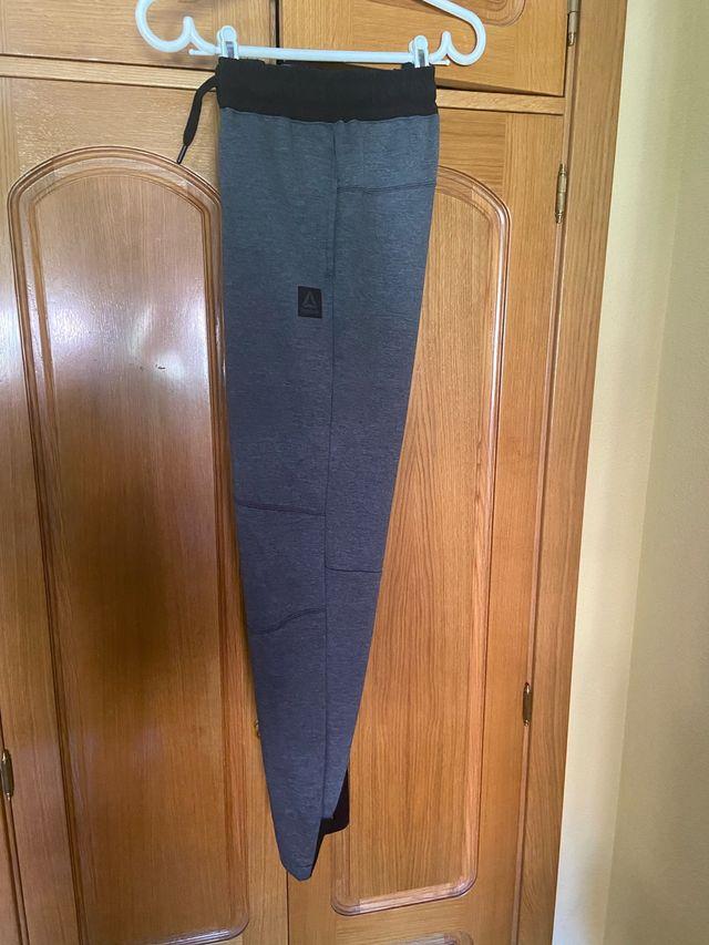 Pantalon chandal Reebok