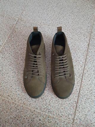 Zapatos para hombre de segunda mano en Sabadell en WALLAPOP