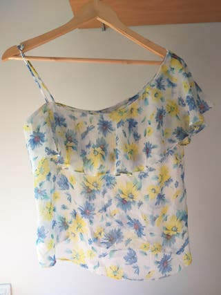 camiseta top zara flores