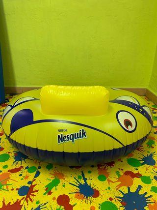 Flotador gigante Nesquik