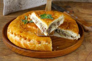 Empanadas con carne, verdures, queso y mas