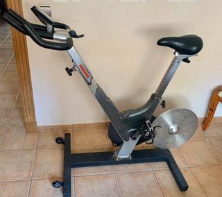 Bicicleta keiser m3 (pantalla averiada)