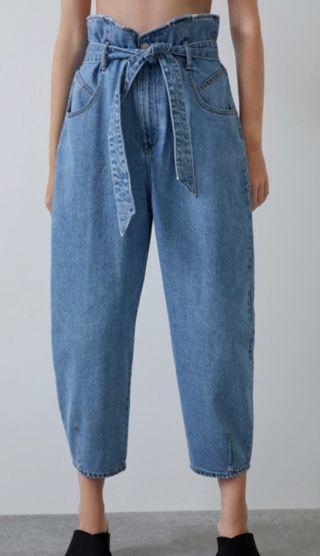 Pantalón Denim Zara slouchy cinturón