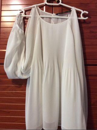 Blusa blanca de segunda mano en Santa Marta de Tormes en