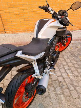 Moto Yamaha MT-125 2019