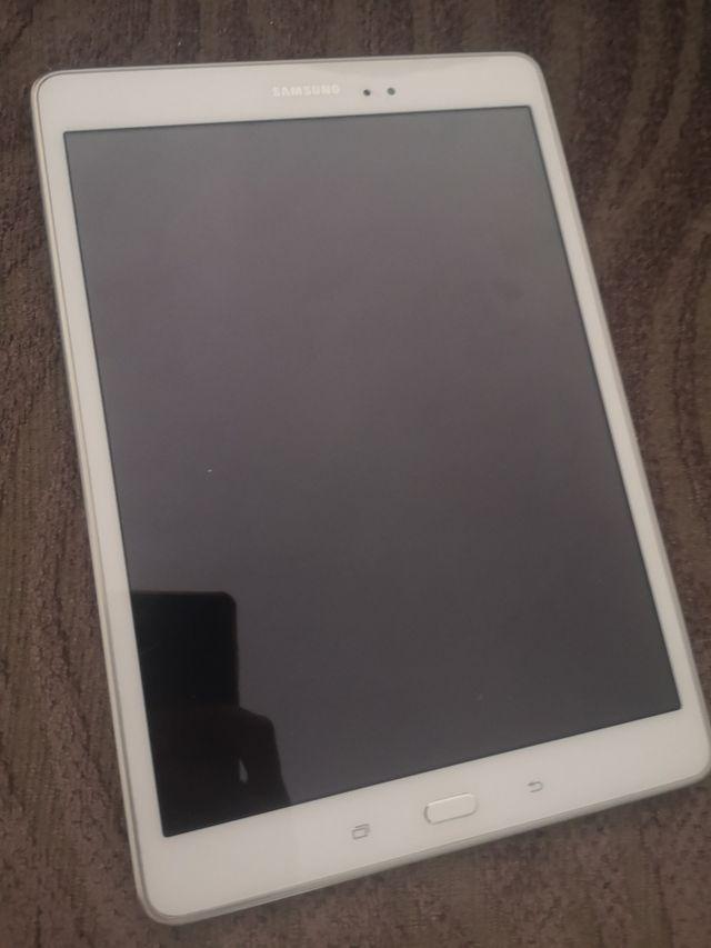 Tablet Samsung tab A sm-T550