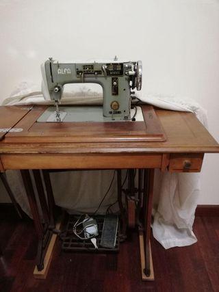Maquina de coser Alfamatic 103-3