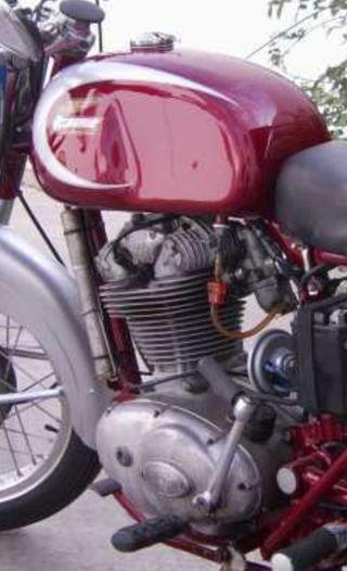 Ducati Ts, Elite, De Luxe