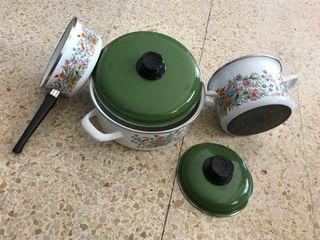 Batería de cocina vintage esmaltada
