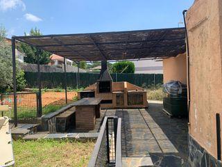 Estructura jardin pérgola hierro 500x580 aprox