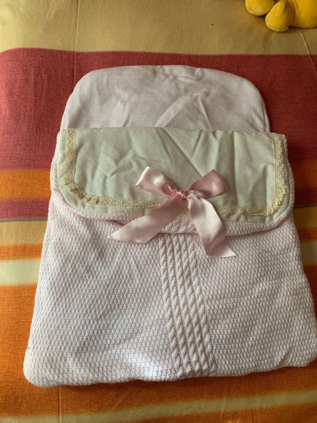 Saquito de lana bebe rosa