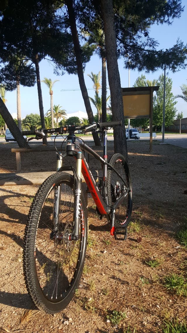 Bicicleta Bh Ultimate 29 Carbono