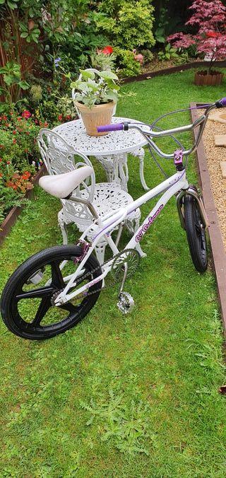 bmx bicycle retro 80s