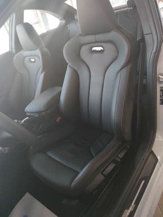 BMW m2 competition reestreno