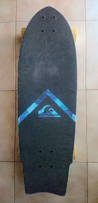 Skateboard Quiksilver. Cruiser mediano