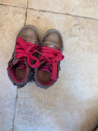 Zapatos niña Aghata Ruiz de la Prada talla 25
