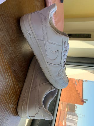 Zapatillas Nike Air Force de segunda mano en la provincia de