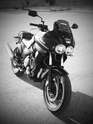 Yamaha TDM 850 del 91.