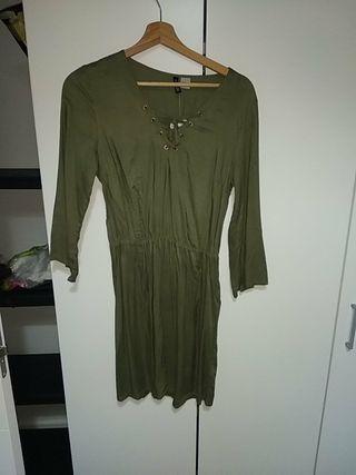 Vestido verde Oliva talla S H&M nuevo
