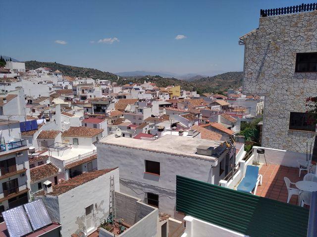 Acogedor Piso con Hermosas Vistas (Monda, Málaga)