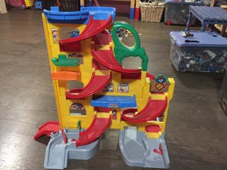 Parquing Fisher- price