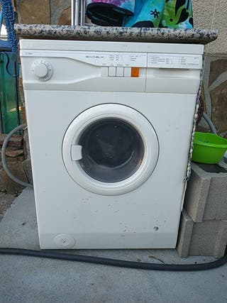 se vende lavadora.