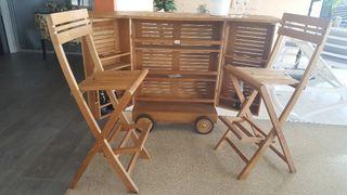 mueble bar con 2 taburetes