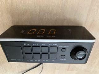 Radio despertador con 2 alarmas
