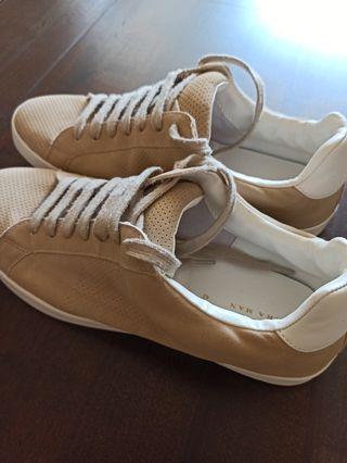 Zapatillas talla 42