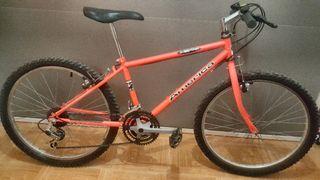 """Bicicleta 24"""" pulgadas (¡URGE VENTA!)"""
