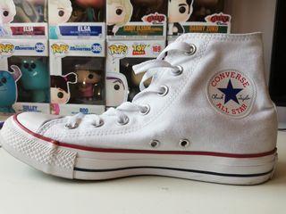 Converse All Star blancas, talla 38.