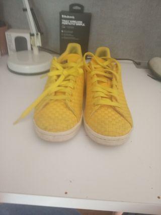 Zapatillas adidas niña de segunda mano en Donostia San