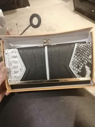 Brand New in Box Ladies Purse