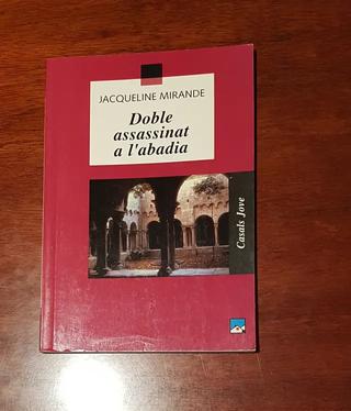 Llibre: Doble assassinat a l'abadia