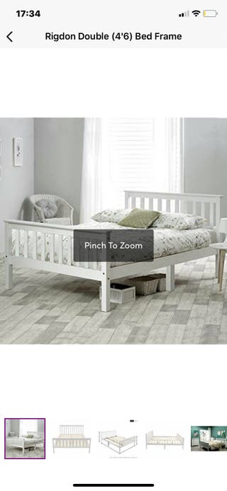 Wayfair double white bed frameeee only
