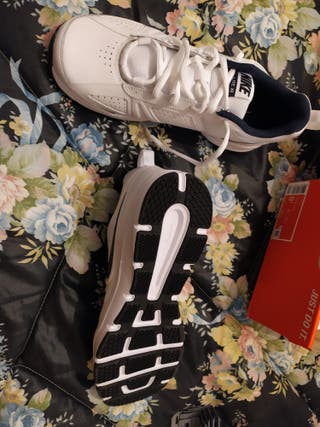 Deportivas Nike talla 42