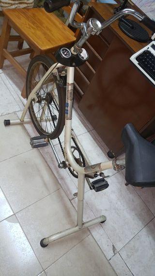 bicicleta estática de los 80s