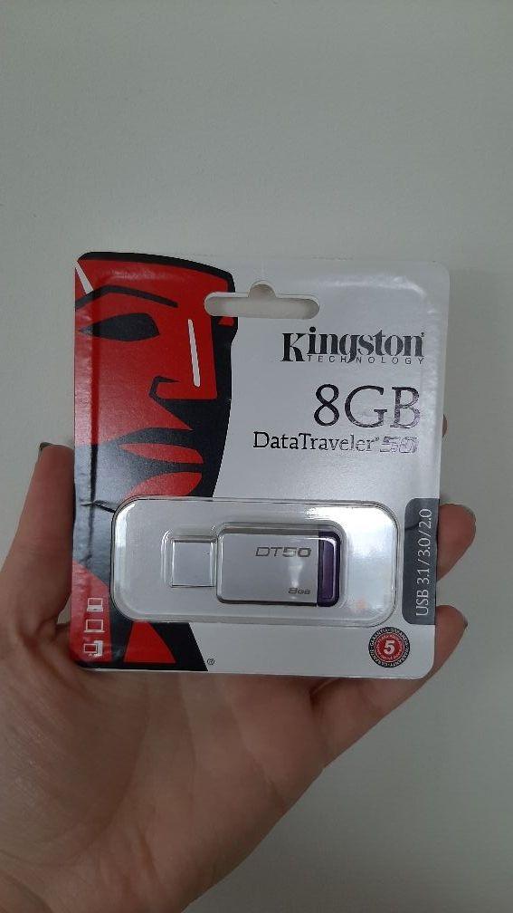 8gb USB stick