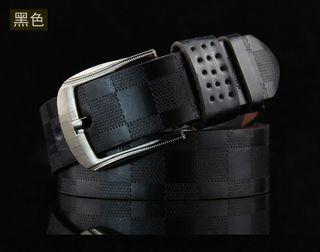 Cinturón piel para hombre. Negro 110cm.