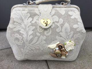 sac Vintage dentelle beige idéal pour ceremonie