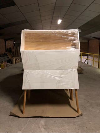 Urge vender: muebles exposición