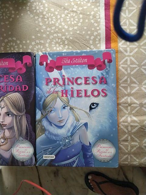 Princesa de la Oscuridad y Princesa de los Hielos,