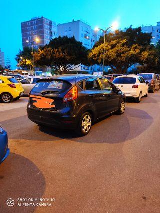 Ford Fiesta 2010 vendo o cambio