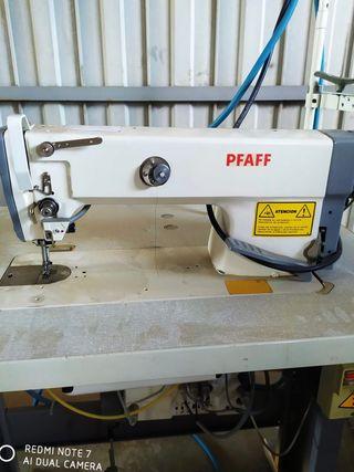 Máquina de coser profesional marca PFAFF